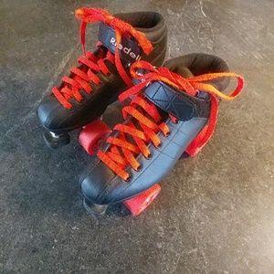 Shoes - BLACK and ORANGE roller skates!